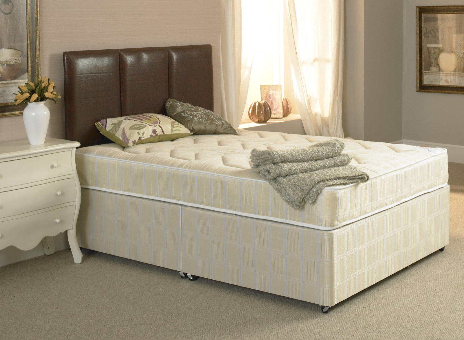 Beauty Sleep Ruby Divan Set