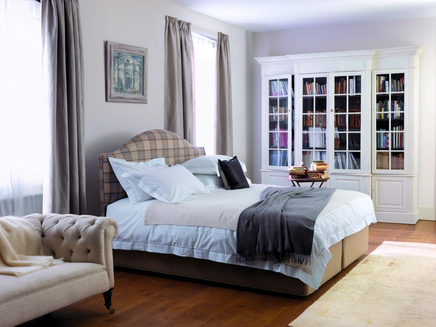 Beds vispring 5 39 0 39 39 shetland divan set for Divan set beds